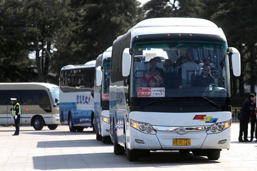 Xie Fuzhan: next year for more Yutong Bus, for the shuttle service on behalf of NPC and CPPCC